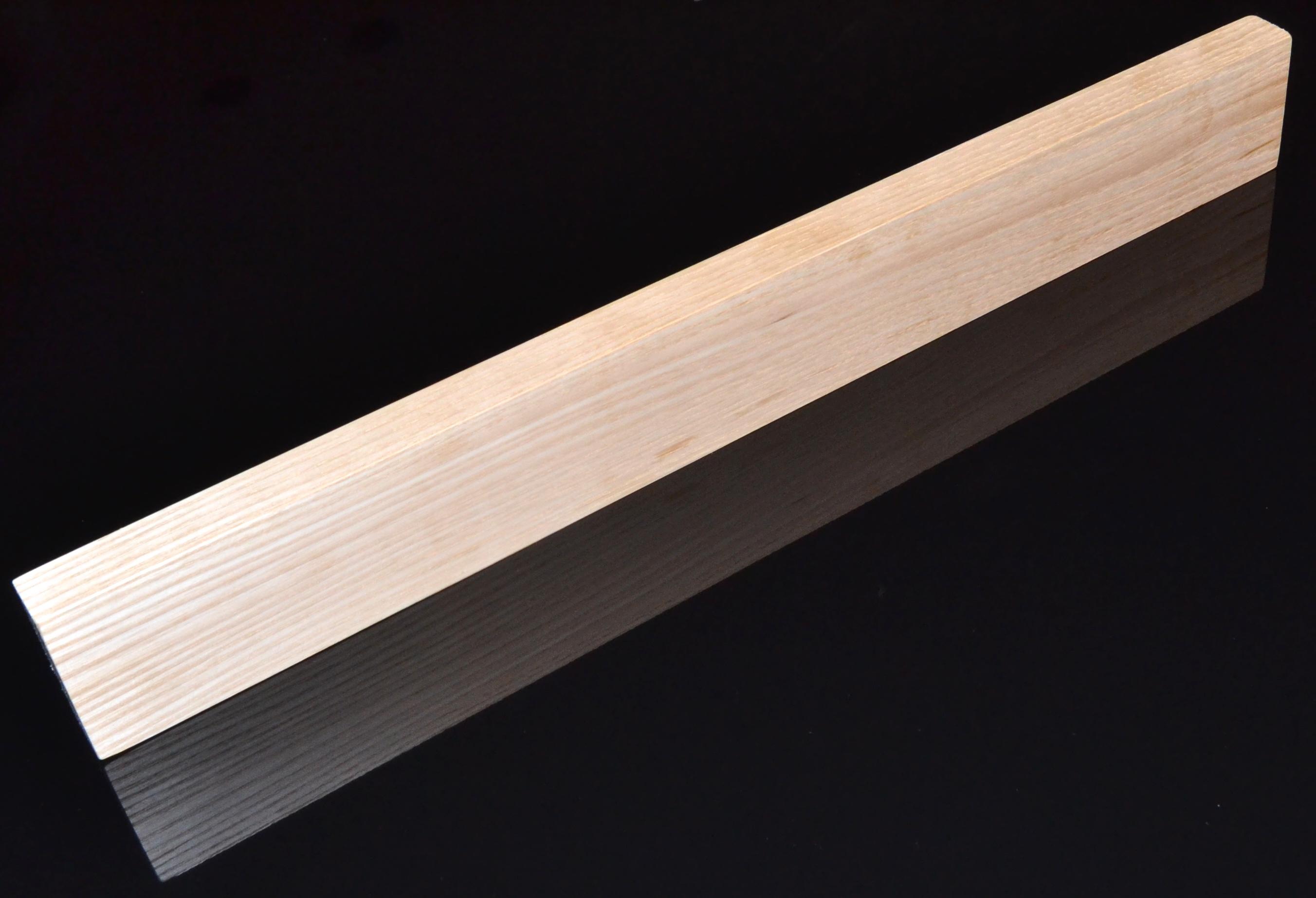 Image of   Knivmagnet i asketræ 7 knive 45 cm